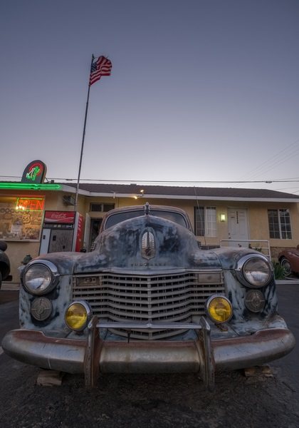 CADILLAC ROUTE 66 BARSTOW