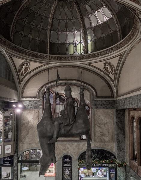 Le palais Lucerna